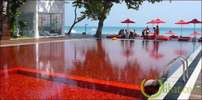 Kolam Renang Darah