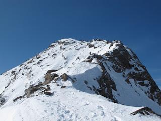 Der Gipfelgrat des Schneebigen Nock