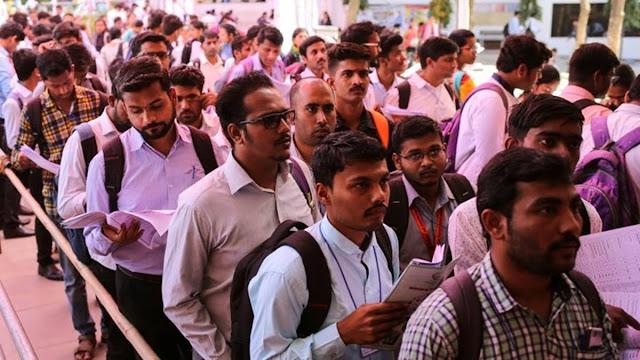 12वीं पास युवाओं के लिए नौकरियों की बहार, इन विभागों में निकली 6552 पदों पर भर्ती