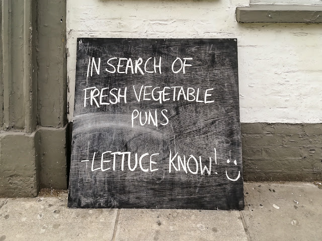 Photo of a chalk board outside a Salisbury pub