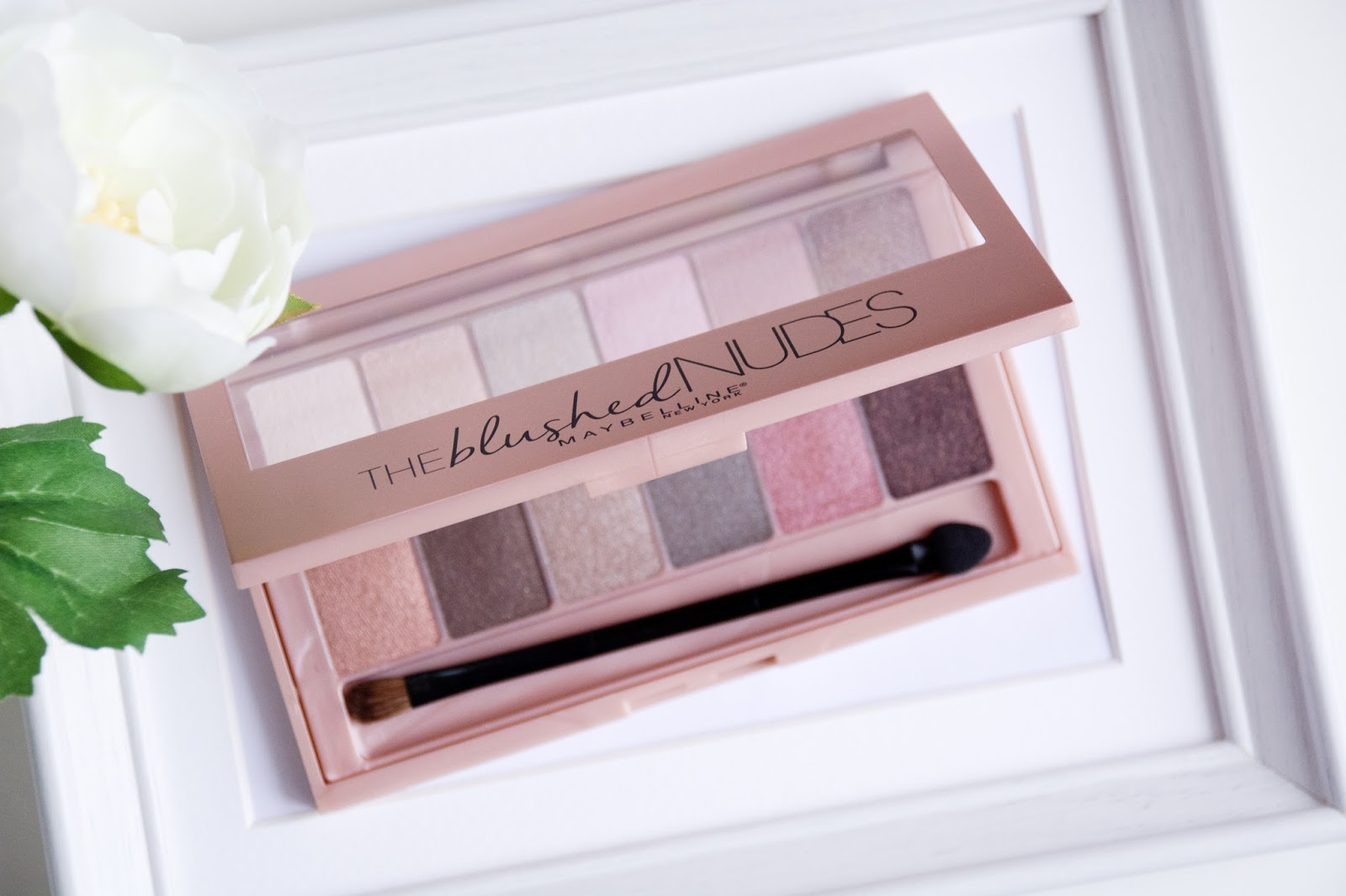 Maybelline The Blushed Nudes makeup