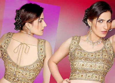 Top-blouse-designs-pattern-for-lehenga-choli-for-woman-25