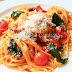 Espaguetis con tomates cherry confitados y anchoas. Receta