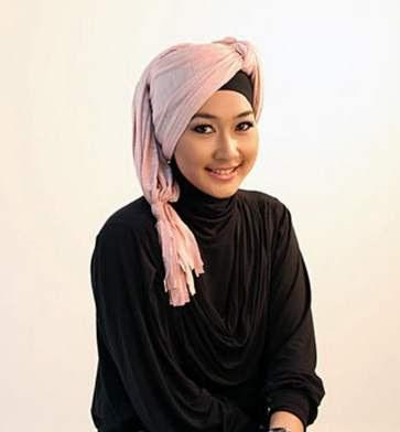 Hijab turban modern cantik untuk remaja image