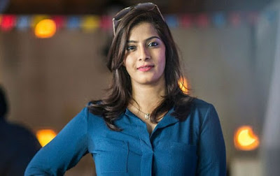 Heroin-Varalakshmi-About-Bad-Incidents-Andhra-Talkies