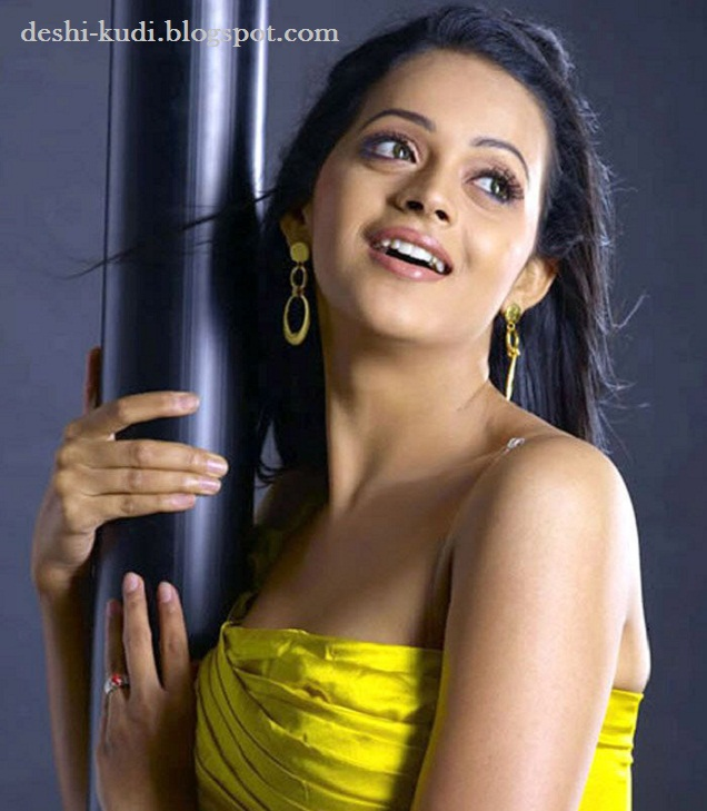 Tamil Actress Hd Wallpapers Free Downloads Bhavana Menon-8775