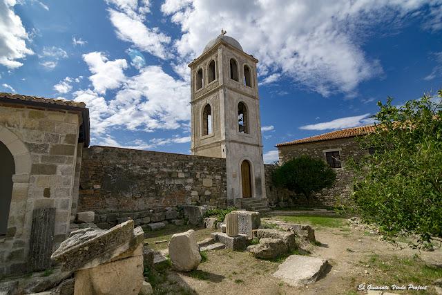 Torre Iglesia Monasterio Santa Maria - Apolonia, Albania por El Guisante Verde Project