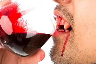 सपने में खून पीना