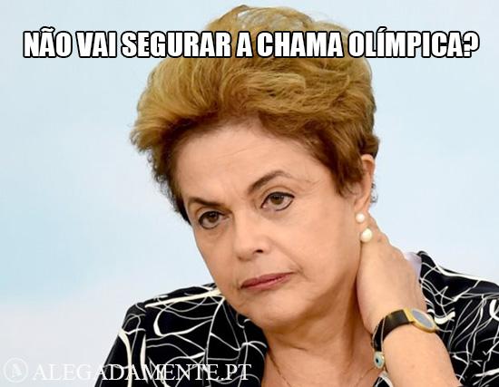 Imagem de Dilma Rousseff – Não vai segurar a chama olímpica?