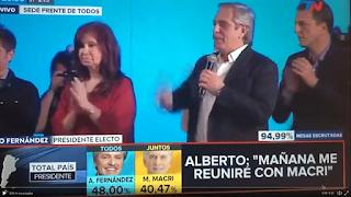 """No primeiro discurso depois de eleito Alberto Fernández pede """"Lula Livre"""""""