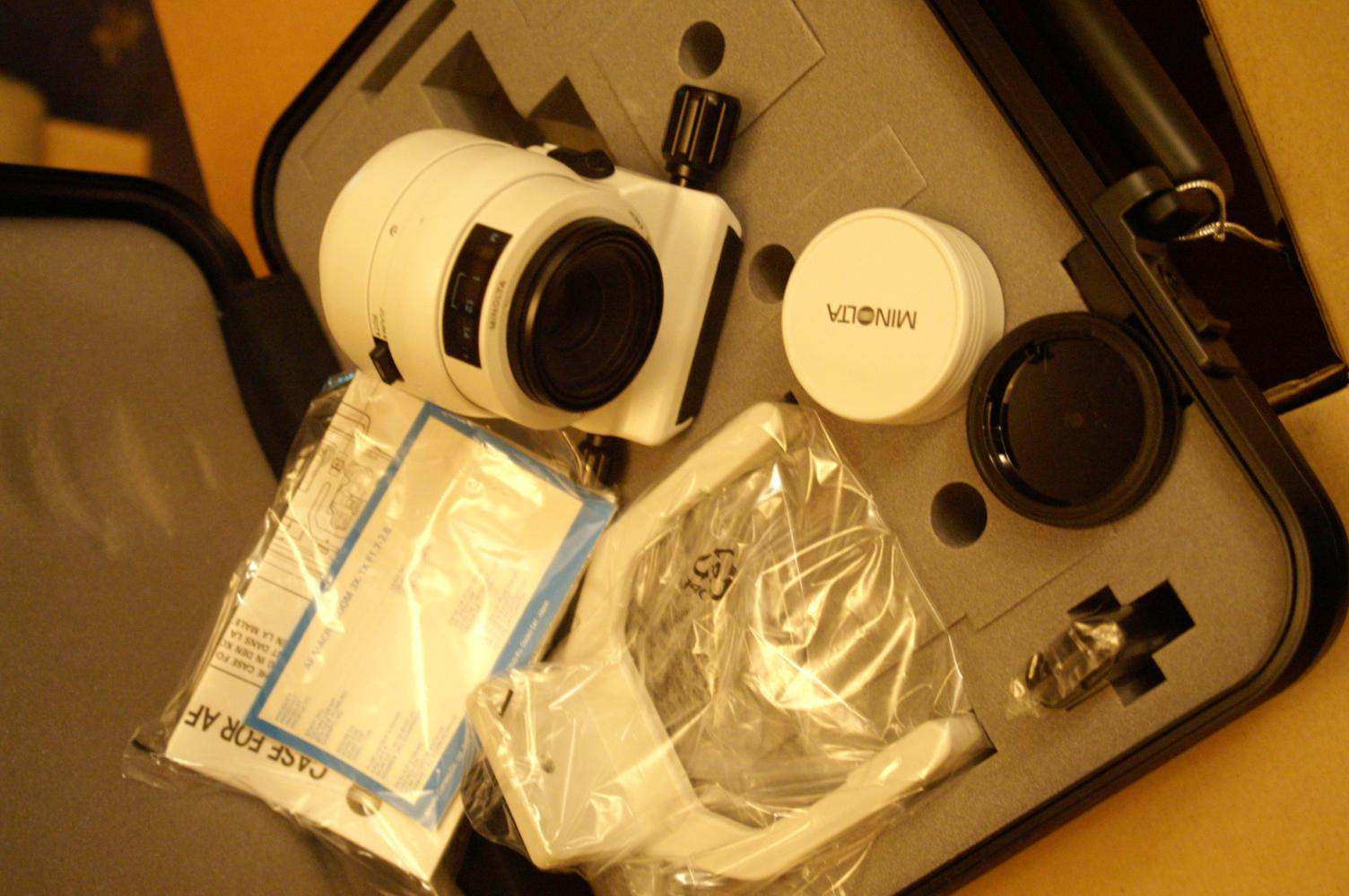 Minolta Zoom 3x-1x f/1 7-2 8 Macro Autofocus Lens: MINOLTA AF Macro