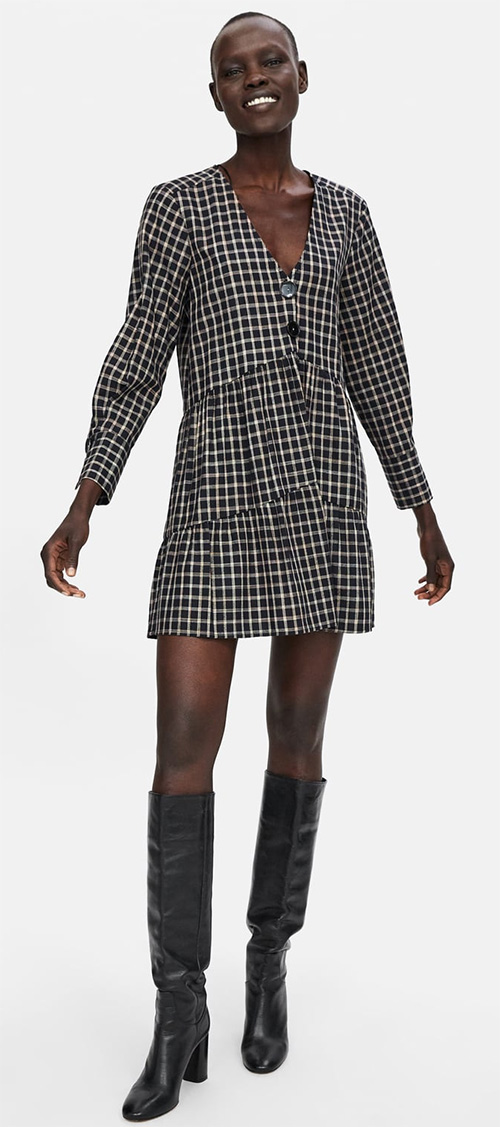 Robe courte noire à carreaux Zara