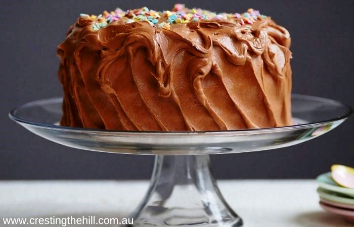 super easy chocolate cake - great for afternoon tea or for a birthday cake.