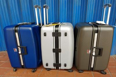 6 Jenis Tas Terbaik untuk Dibawa Saat Liburan ke Padang
