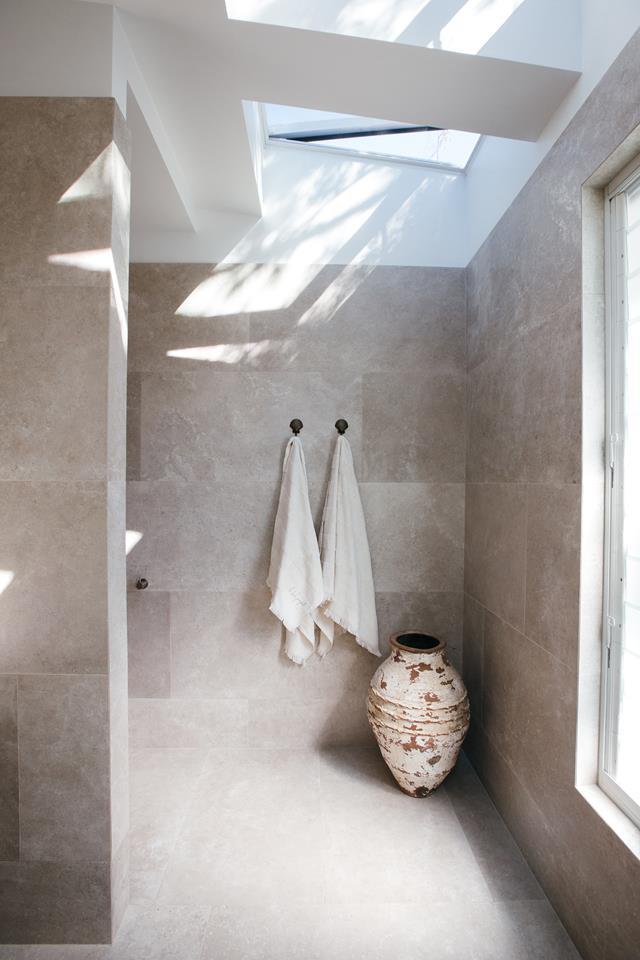 Custom tile ensuite shower