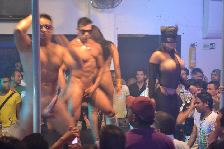 colombia desnudo