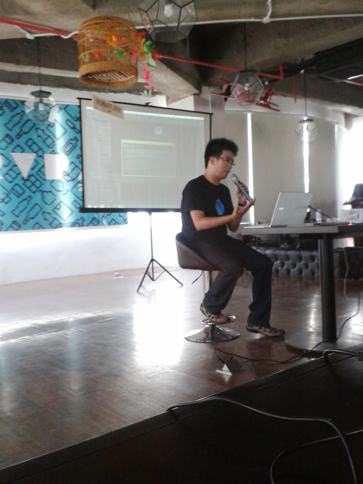 Mas Frans menjelaskan Android Studio