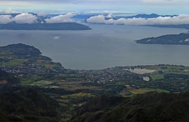 Duta Besar Prancis Kagumi Keindahan Danau Toba