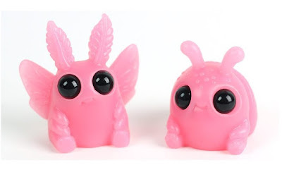 Designer Con 2017 Exclusive Strawberry Milk Thimblebugs Resin Figures by Amanda Louise Spayd & Chris Ryniak