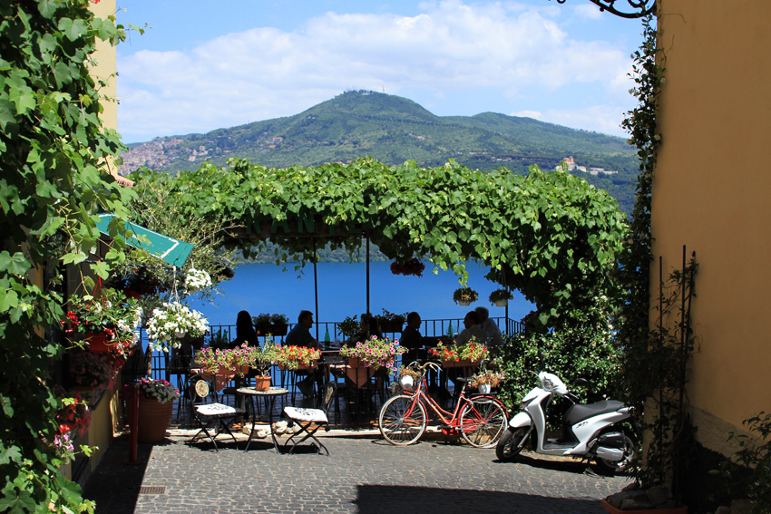 majówka, majówka we Włoszech, Castelli Romani, Castel Gandolfo