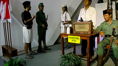 Sisi+Monumen+Tugu+Pahlawan+Surabaya