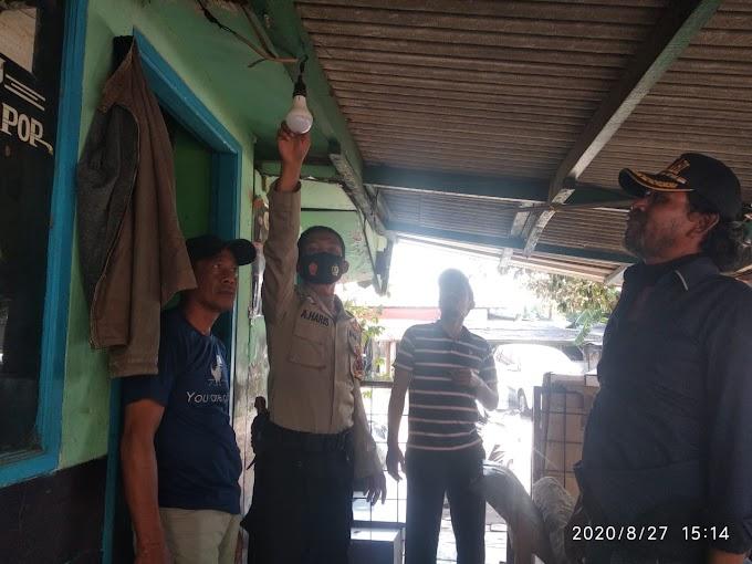 Ini Bentuk Kepedulian Anggota Bhabinkamtibmas Kelurahan Duri Kosambi, Polsek Cengkareng