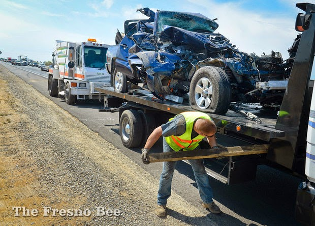 fatality fresno highway 99 semi truck pickup crash herndon avenue