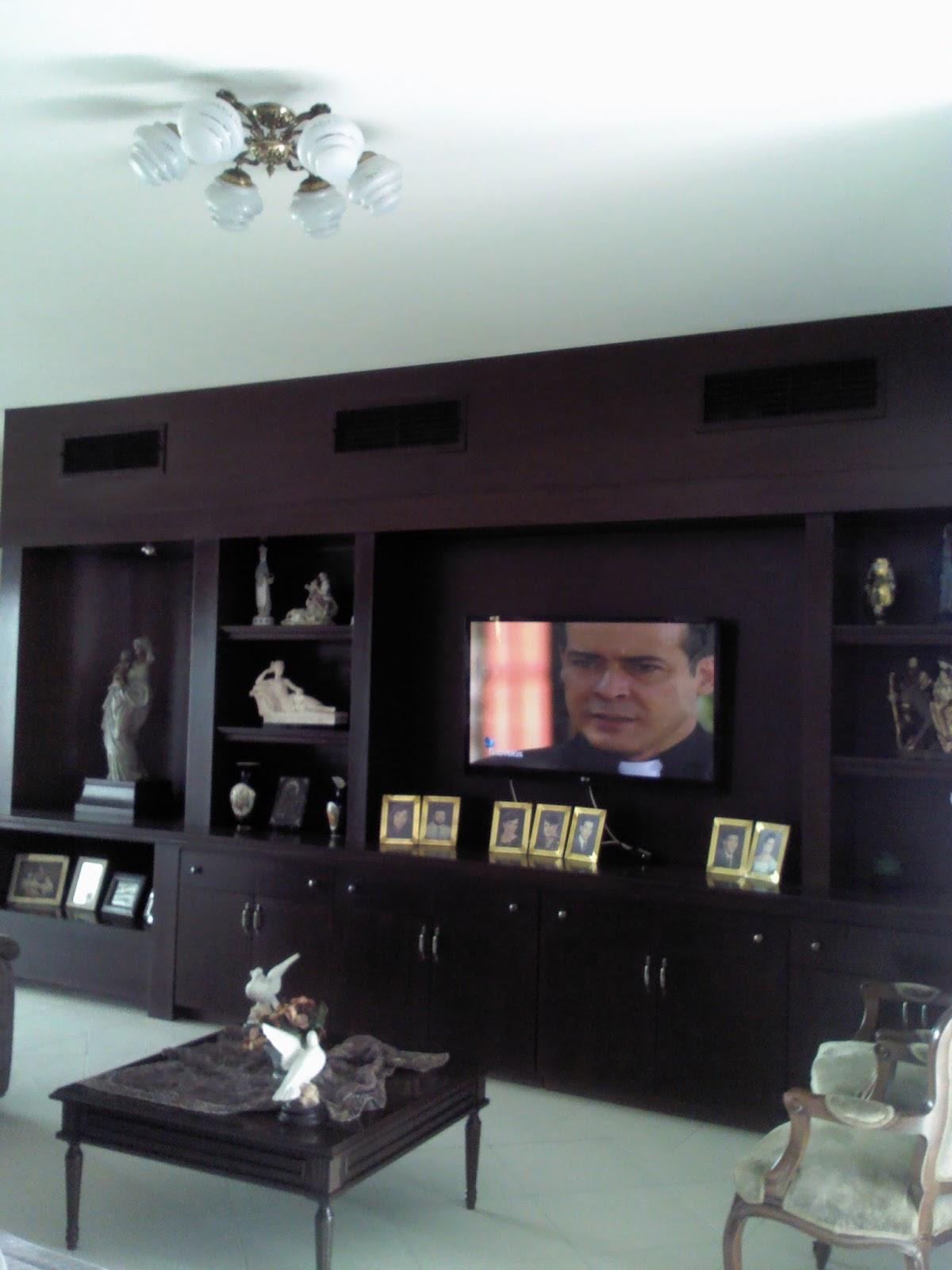 fotos de muebles de madera para tv