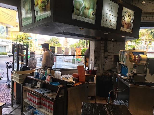 Patonggo Cafe, Bangkok