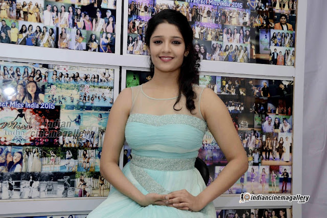 Ritika Singh Sexy Gorgeous Photos in this Outfit for Shop opening ceremony