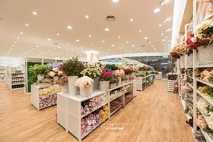 kaison aeon bukit tinggi with white racking for floral products display