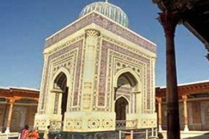 Jejak Sukarno di Uzbekistan dan Makam Imam Bukhari