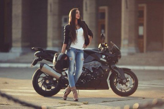 K1200R Girl