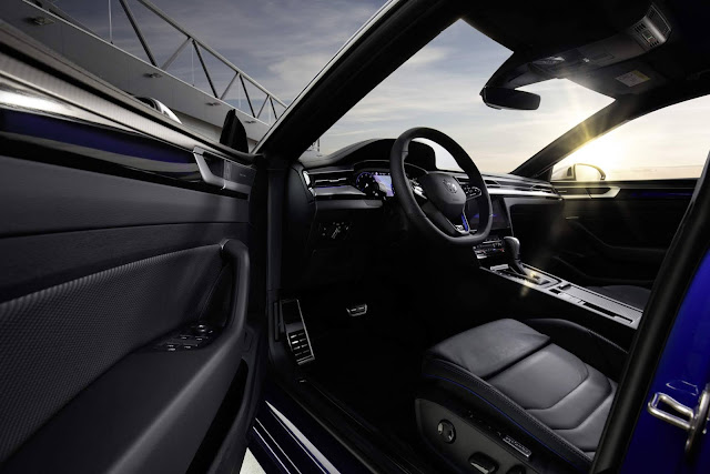 Volkswagen Arteon R Shooting Brake - interior