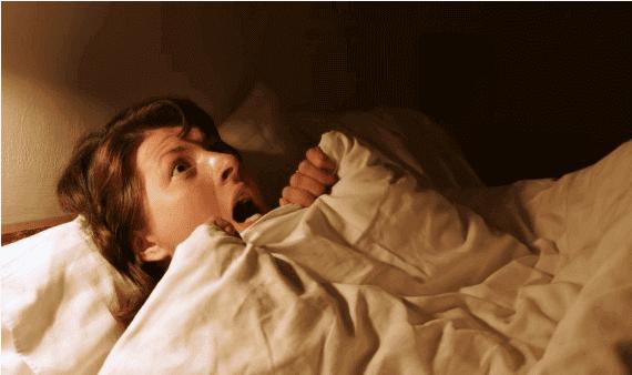 4 أطعمة تسبب لك ازعاج في النوم تجعلك تتخيل كوابيس مخيفة جدا