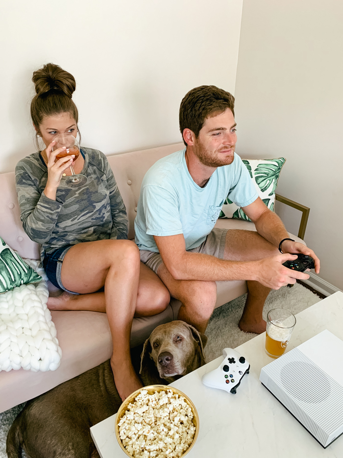 3 Easy Steps To Unwind With Your Fiancé After A Long Day - Chasing Cinderella