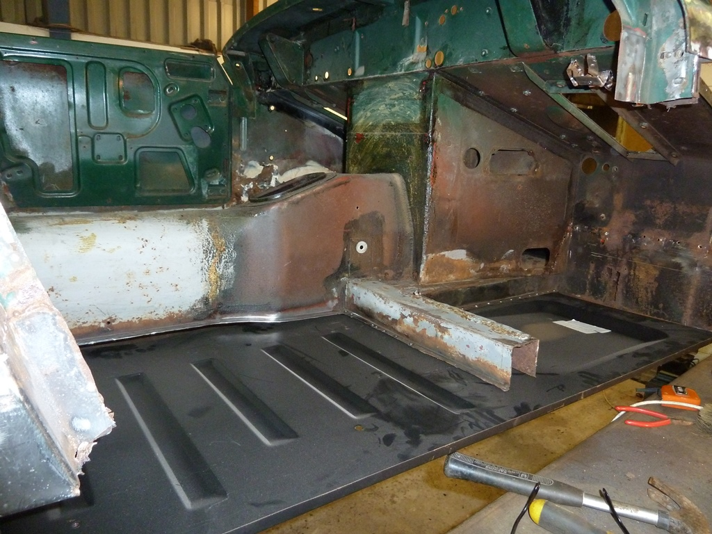 Panel midget repair mg body