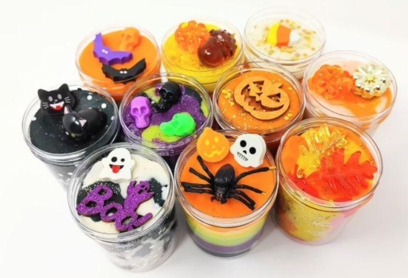mini halloween playdough kit party favours