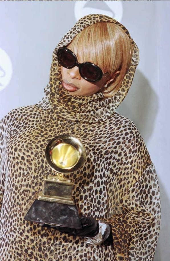 Mary J Blige (1996).