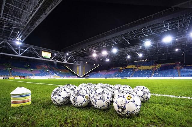 هولندا تسمح بحضور الجماهير للملاعب وفق معايير محددة
