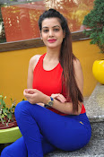 diksha panth latest sizzling pics-thumbnail-19