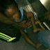 Kemaluan Budak Tersepit Di Eskalator