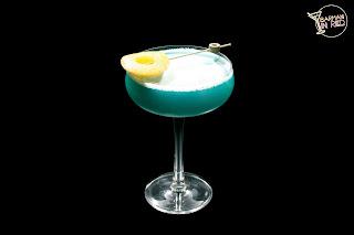 coctel-eclipse-azul-barmaninred