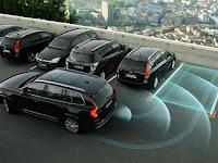 10 Mobil dengan teknologi parkir otomatis