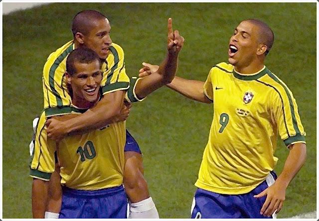 Roberto Carlos Rivaldo Ronaldo Brazil World Cup 1998