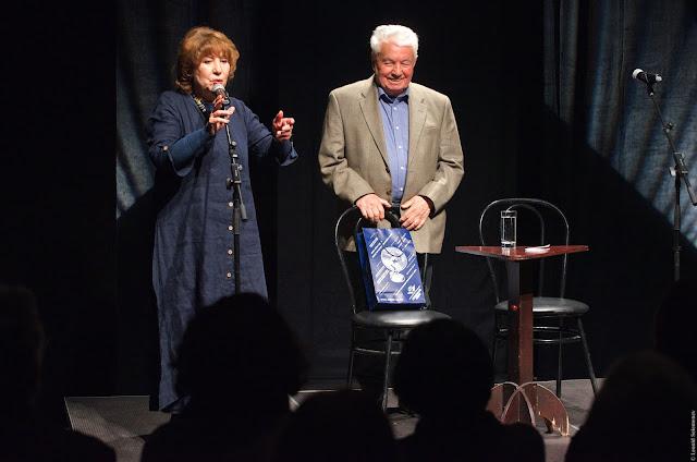 Vladimir Voinovich at Elena Kamburova theatre, Владимир Войнович в театре Камбуровой