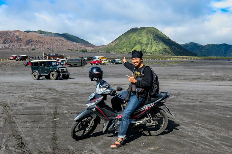Waktu Travelling Solo-Bromo Naik Motor