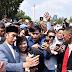 Presiden Jokowi Sapa Warga yang Memadati Silang Monas