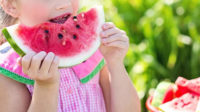 6 cara memilih buah semangka yang berkualitas
