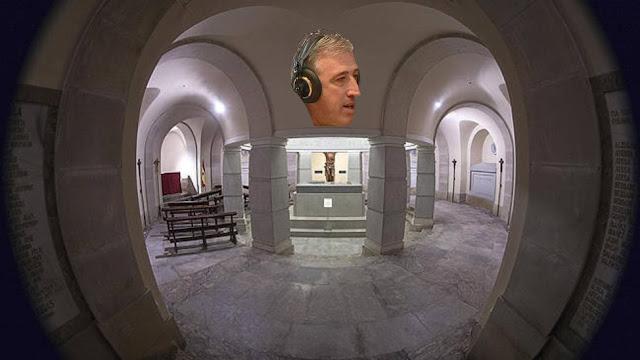 Cámaras municipales en la cripta de los Caídos